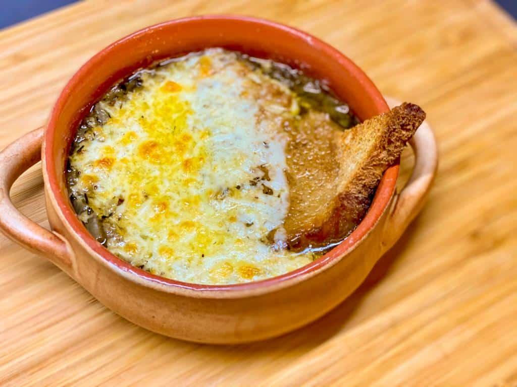 Supa de pui franțuzească